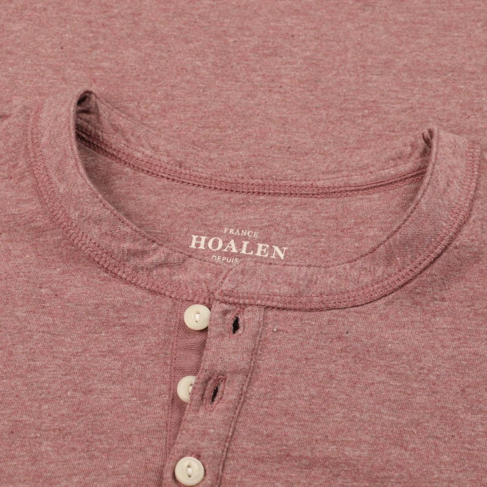 Robust buttoned tee