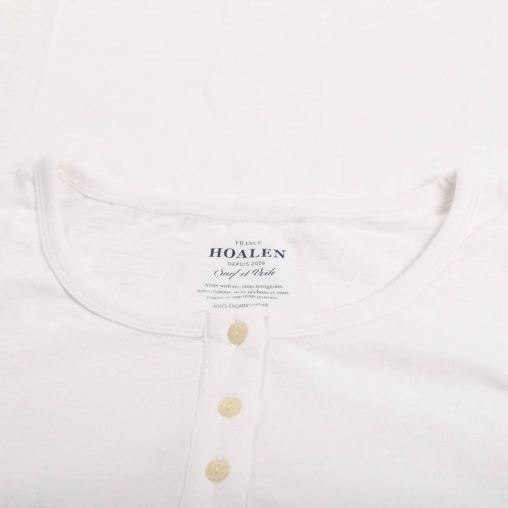 Robust button collar