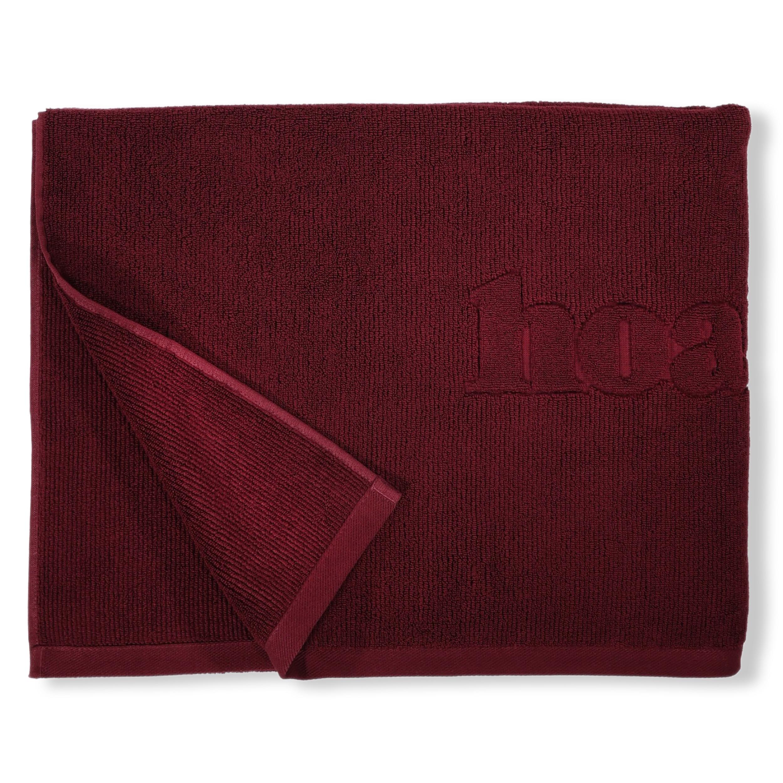 Thick bath towel