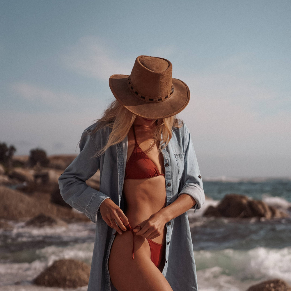 Bikini à noeuds